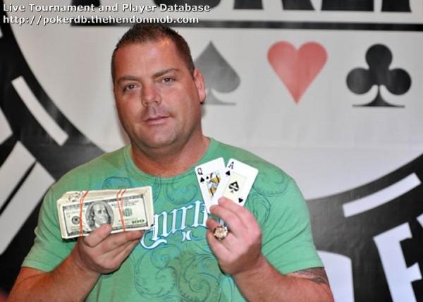 Tommy coker poker brelan poker star