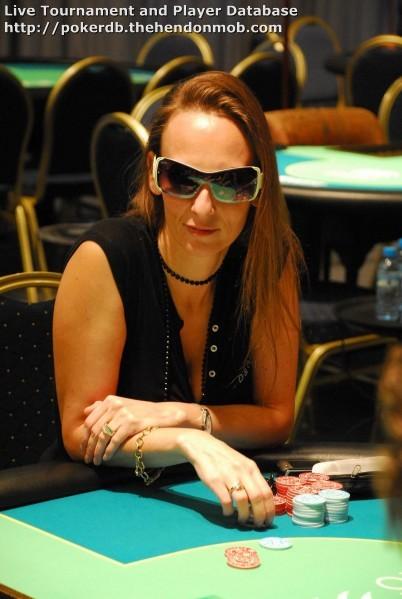 Nancy poker \ Leading-response cf